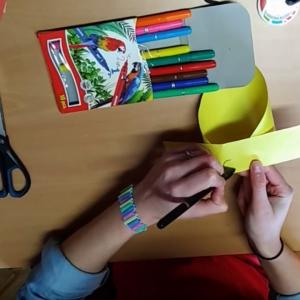 Vyrob si letadélko z papíru